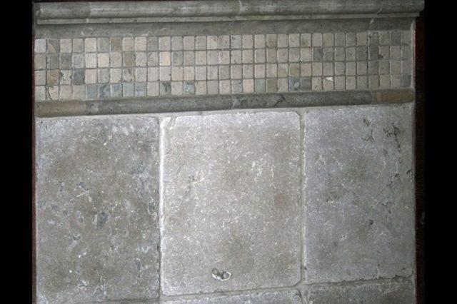 Steinmauerdekorationen