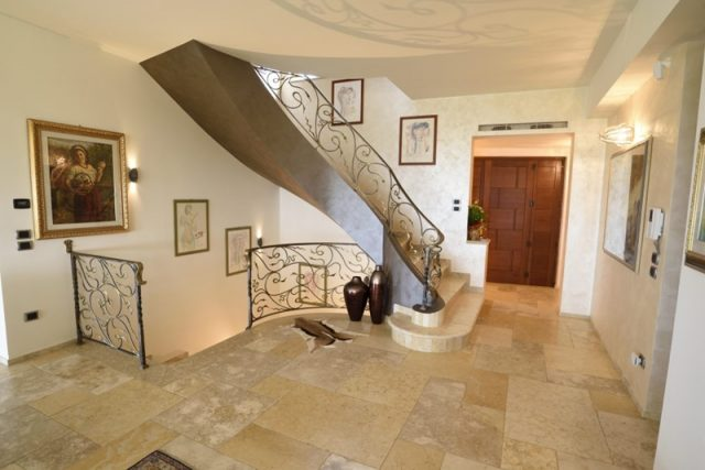 stone for country villas