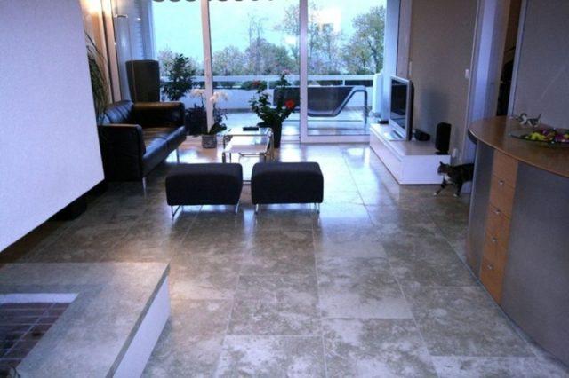 Moderner Steinboden