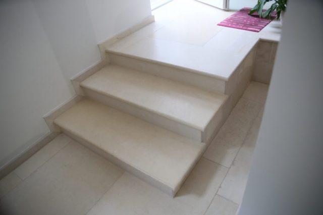 Moderne Steintreppen